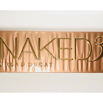 Photo of Urban Decay Naked3 Eyeshadow Palette uploaded by Iris L.