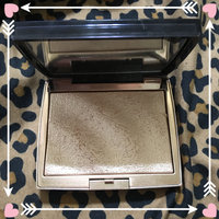 Anastasia Beverly Hills Amrezy Highlighter light brilliant gold uploaded by Deborah C.