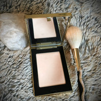 Yves Saint Laurent Lumiere Divine Highlighting Finishing Powder Palette uploaded by Brittany H.