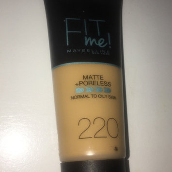 Photo of Brand Maybelline Fit Me Matte & Poreless Foundation 120 Classic Ivory uploaded by Hnoof F.