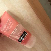 Neutrogena® Oil-Free Acne Wash Pink Grapefruit Foaming Scrub uploaded by Mia B.