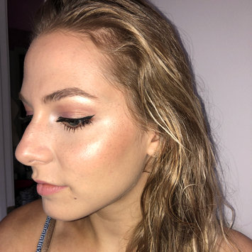 Photo of Glossier Haloscope Highlighter uploaded by Eunice L.