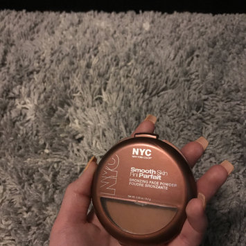 Photo of NYC Smooth Skin Bronzing Face Powder uploaded by Erin L.