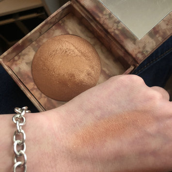 Photo of Urban Decay Naked Illuminated Shimmering Powder for Face and Body uploaded by aryana l.