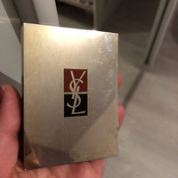 Yves Saint Laurent Ombres 5 Lumieres uploaded by Issita K.