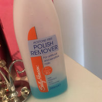 Sally Hansen® Acetone-Free Nail Polish Remover uploaded by Mia B.