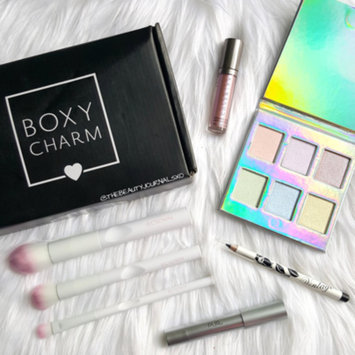 Photo of Boxycharm uploaded by Jazmin L.
