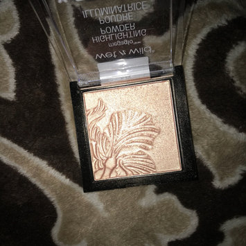 Photo of wet n wild MegaGlo Highlighting Powder uploaded by Anita L.
