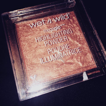 Photo of wet n wild MegaGlo Highlighting Powder uploaded by Kia S.