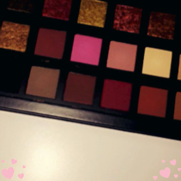Photo of Huda Beauty Textured Eyeshadows Palette Rose Gold Edition uploaded by Amanda C.