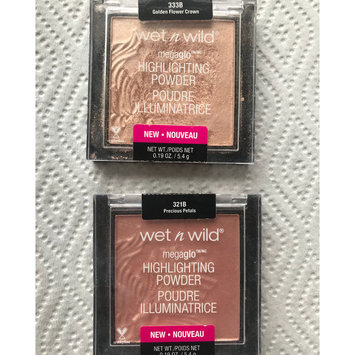Photo of wet n wild MegaGlo Highlighting Powder uploaded by Tammy C.