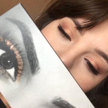 Photo of Huda Beauty Textured Eyeshadows Palette Rose Gold Edition uploaded by Alejandra G.