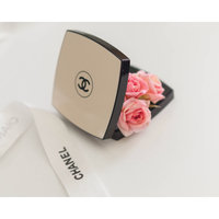 CHANEL Les Beiges Healthy Glow Sheer Powder SPF 15 / PA++ uploaded by Phi A.