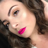 Anastasia Beverly Hills Amrezy Highlighter light brilliant gold uploaded by jordan r.