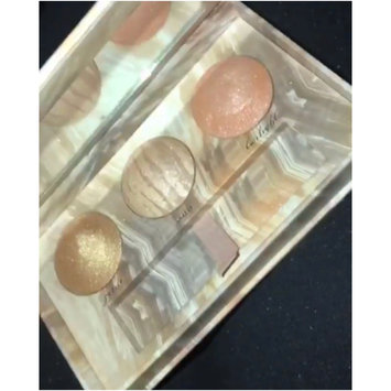 Photo of Urban Decay Naked Illuminated Trio Shimmering Powder for Face and Body uploaded by lou💍Xxx F.