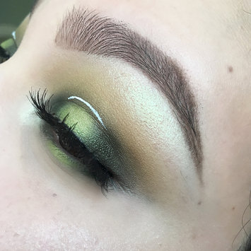 Photo of M.A.C Cosmetics Pigment uploaded by Scarlet R.