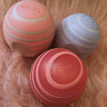 Photo of eos™ Organic Lip Balm Summer Fruit uploaded by Nataly M.