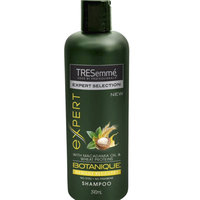 TRESemmé Botanique Nourish and Replenish Shampoo uploaded by Fernanda G.