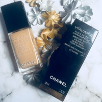CHANEL Vitalumière Moisture-Rich Radiance Sunscreen Fluid Makeup Broad Spectrum SPF 15 uploaded by Nicole A.