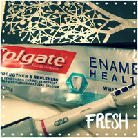 Colgate® ENAMEL HEALTH™ WHITENING Toothpaste Clean Mint uploaded by Monica T.