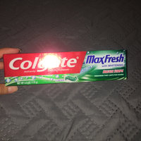 Colgate® MaxFresh® WITH MINI BREATH STRIPS Clean Mint Fluoride Toothpaste uploaded by Nayeli S.