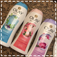 Olay Fresh Outlast Cooling White Strawberry & Mint Body Wash uploaded by Alexis T.