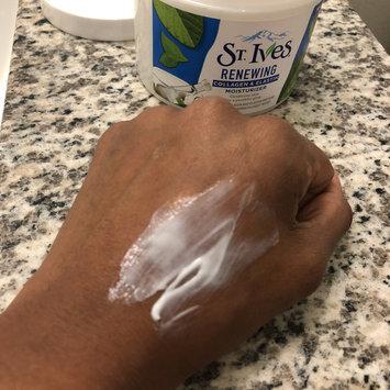 Photo of St. Ives Renewing Collagen Elastin Moisturizer uploaded by Alissa M.