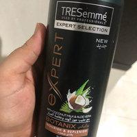 TRESemmé Platinum Strength Strengthening Shampoo uploaded by Amber Z.