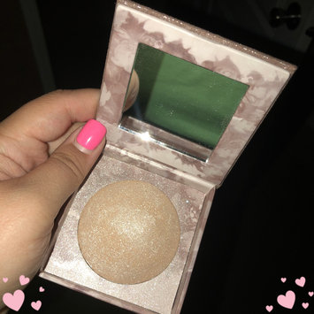 Photo of Urban Decay Naked Illuminated Shimmering Powder for Face and Body uploaded by Alexis T.