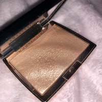 Anastasia Beverly Hills Amrezy Highlighter light brilliant gold uploaded by Dana G.