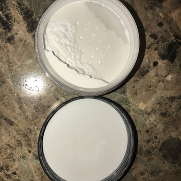 Photo of Hard Candy Fast & Fabulous Translucent Loose Powder uploaded by CiCi G.