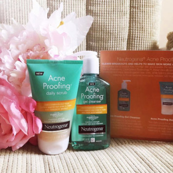 Photo of Neutrogena® New Acne Proofing™ Gel Cleanser uploaded by Shantell M.