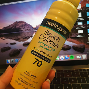 Photo of Neutrogena® Beach Defense® Water + Sun Protection Sunscreen Spray Broad Spectrum SPF 70 uploaded by Guadalupe M.