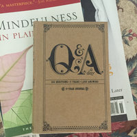Q & a A Day For Moms: A 5-year Journal uploaded by Cristina G.