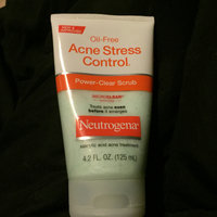 Neutrogena® Oil-Free Acne Stress Control® Power-Clear Scrub uploaded by Madison B.
