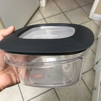 Photo of Rubbermaid Produce Saver Easy Find Lids - 14 Cups uploaded by Gabriella G.