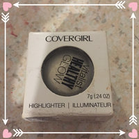 COVERGIRL Vitalist Healthy Glow Highlighter uploaded by candace r.