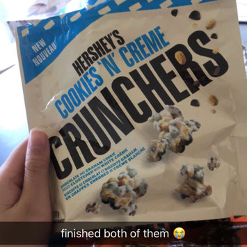 Photo of Hershey's Cookies 'n' Creme Crunchers uploaded by Annie N.