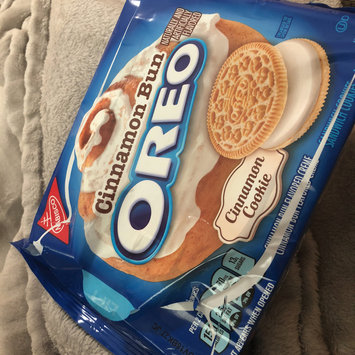 Photo of Nabisco Oreo Sandwich Cookies Cinnamon Bun uploaded by Monica C.