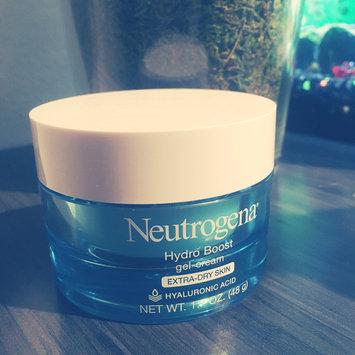 Photo of Neutrogena® Hydro Boost Water Gel uploaded by ℳɑⅈƙⅇℕ ℱ.