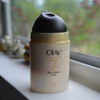 Olay Total Effects Moisturizer + Serum Duo with Broad Spectrum SPF 15 uploaded by Ayeman Z.