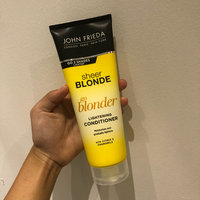 John Frieda® Sheer Blonde Go Blonder Lightening Conditioner uploaded by Evyn G.