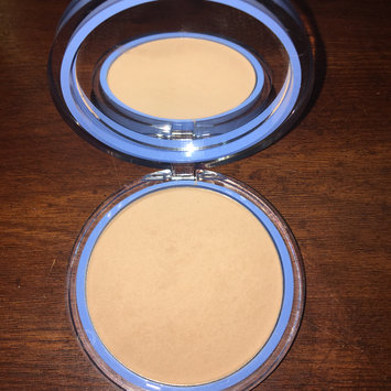 Photo of COVERGIRL Clean Matte Pressed Powder uploaded by Alixely H.