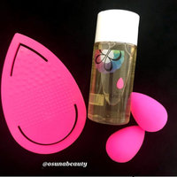the original beautyblender® beauty queen limited edition pink original uploaded by Yahaira O.