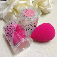 the original beautyblender® beauty queen limited edition pink original uploaded by Oyuki H.