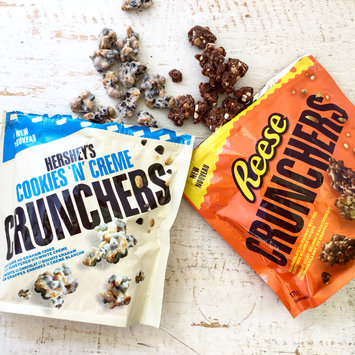 Photo of Hershey's Cookies 'n' Creme Crunchers uploaded by Aimee G.