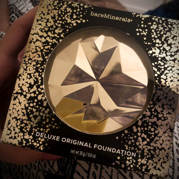 Photo of bareMinerals Deluxe Original Foundation Collector's Edition uploaded by GABRIELA S.