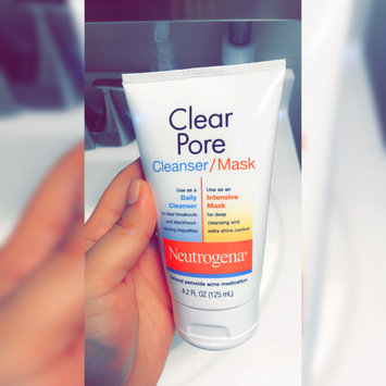 Photo of Neutrogena®  Clear Pore Cleanser/Mask uploaded by Lisandra T.