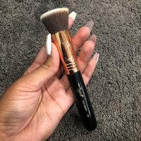 Sigma F80 - Flat Kabuki Brush uploaded by Rose Marie B.