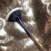 tarte Rainforest of The Sea™ Highlighting Fan Brush uploaded by Stephanie P.